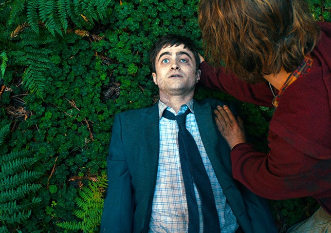 Swiss_Army_Man_Still_Daniel_Radcliffe