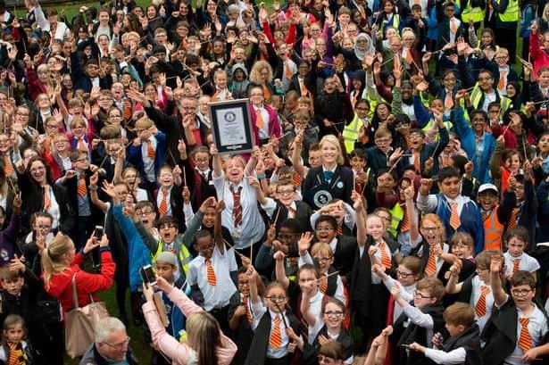 Potterish :: Harry Potter, o Ickabog, Animais Fantásticos e JK Rowling Comemoração dos 20 anos de Harry Potter quebra recorde mundial