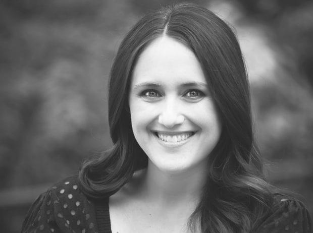 Becky Albertalli, autora de Com Amor, Simon
