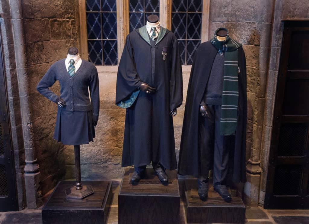 Figurinos dos alunos da Sonserina em Harry Potter