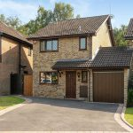 38891E3100000578 3795511 image a 8 1474225267154 150x150 - Number 4 Privet Drive to be sold