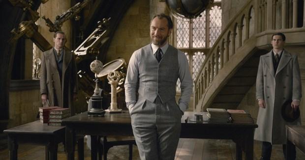 AlvoDumbledore_Crimes_Grindelwald