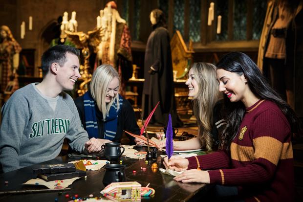 Potterish :: Harry Potter, o Ickabog, Animais Fantásticos e JK Rowling Warner Bros. Studio Tour promoverá quizzes de Harry Potter no Salão Principal