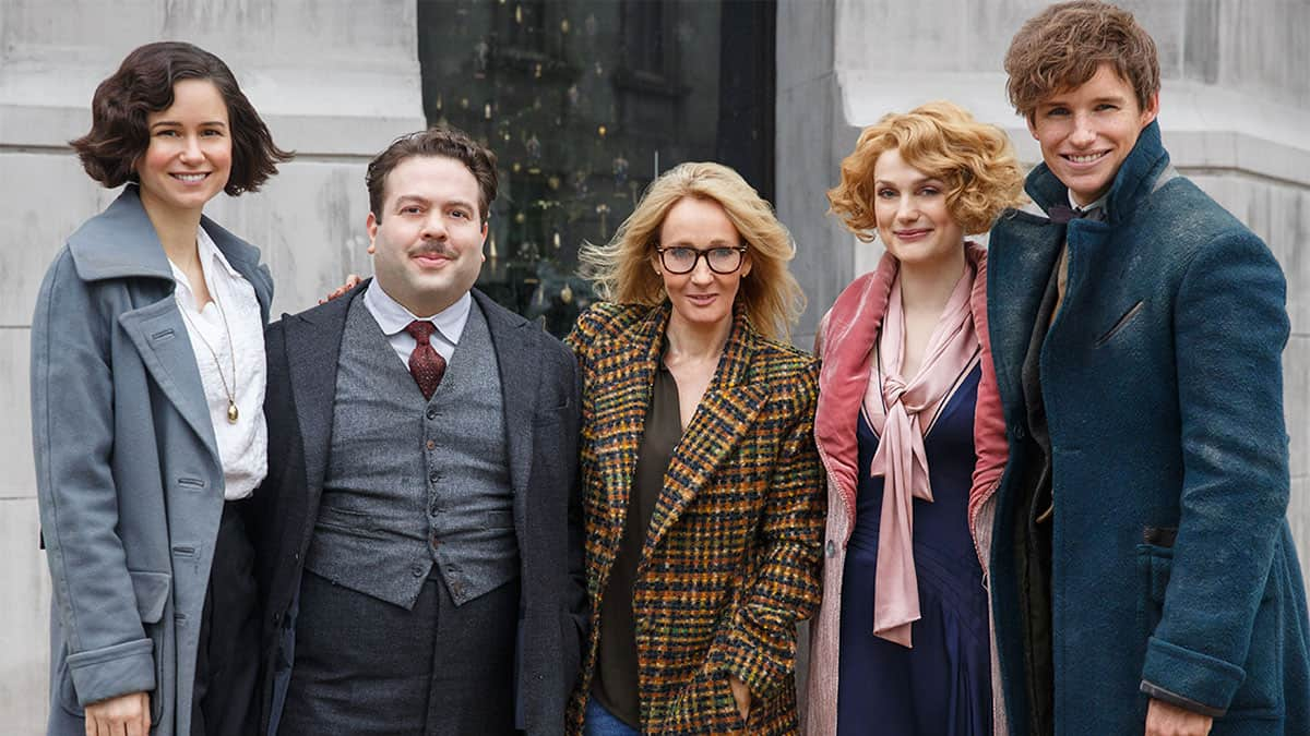 Potterish :: Harry Potter, o Ickabog, Animais Fantásticos e JK Rowling JK Rowling doa R$ 7 milhões para combate ao coronavírus e à violência doméstica