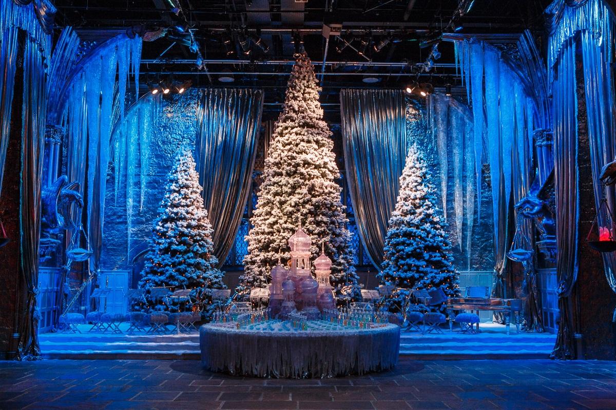 Potterish.com [Year 18] :: Harry Potter, Cursed Child, Fantastic Beasts, JK Rowling, Daniel, Emma & Rupert Studios where Harry Potter was filmed prepares special Christmas decoration