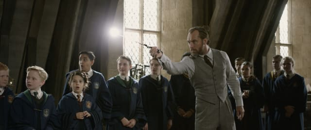 Potterish.com [Year 18] :: Harry Potter, The Ickabog, Fantastic Beasts, JK Rowling, Daniel, Emma & Rupert Fantastic Beasts does not hide Dumbledore's sexuality, but it falls short