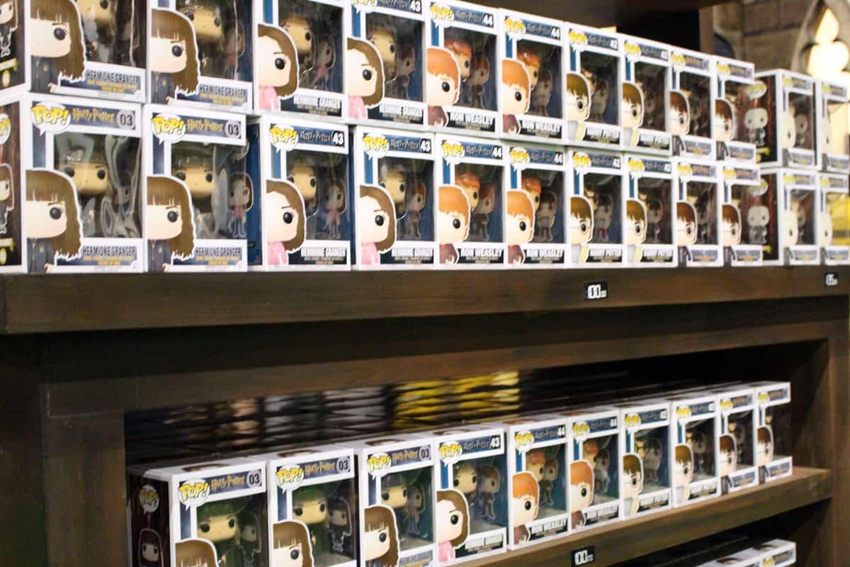 Potterish :: Harry Potter, o Ickabog, Animais Fantásticos e JK Rowling Loja de Harry Potter na CCXP encanta os olhos, mas pesa no bolso