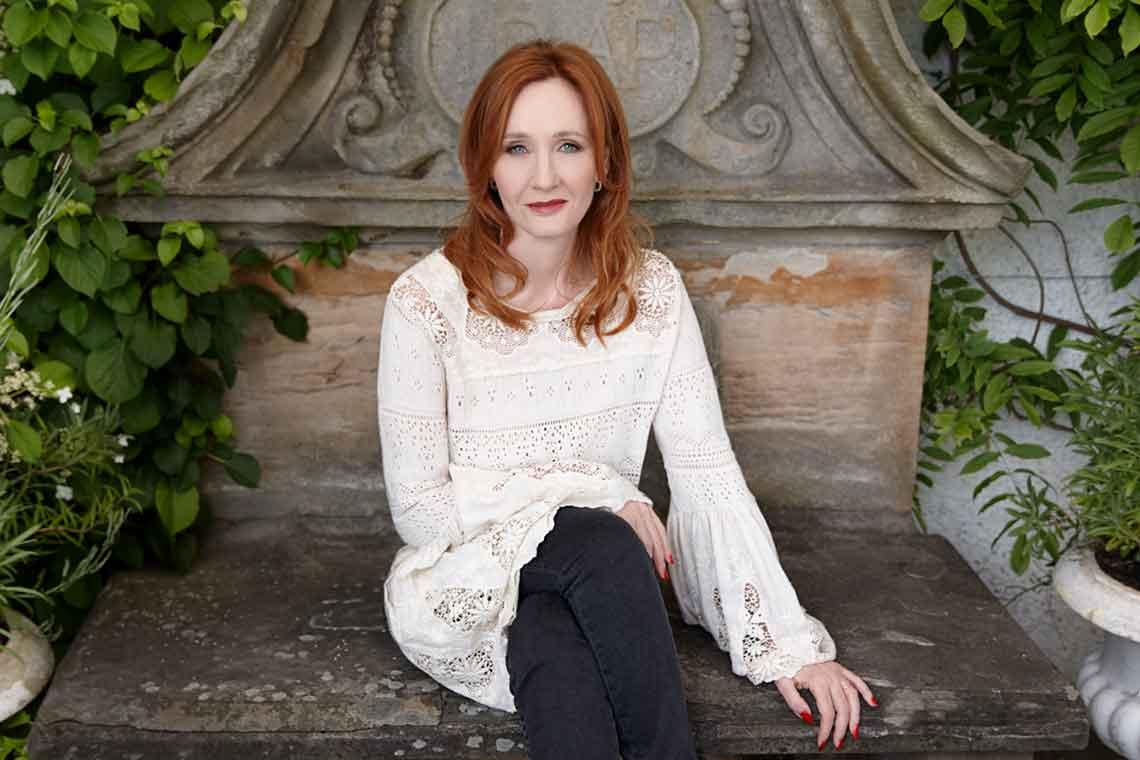 JK Rowling anuncia publicação de O Ickabog