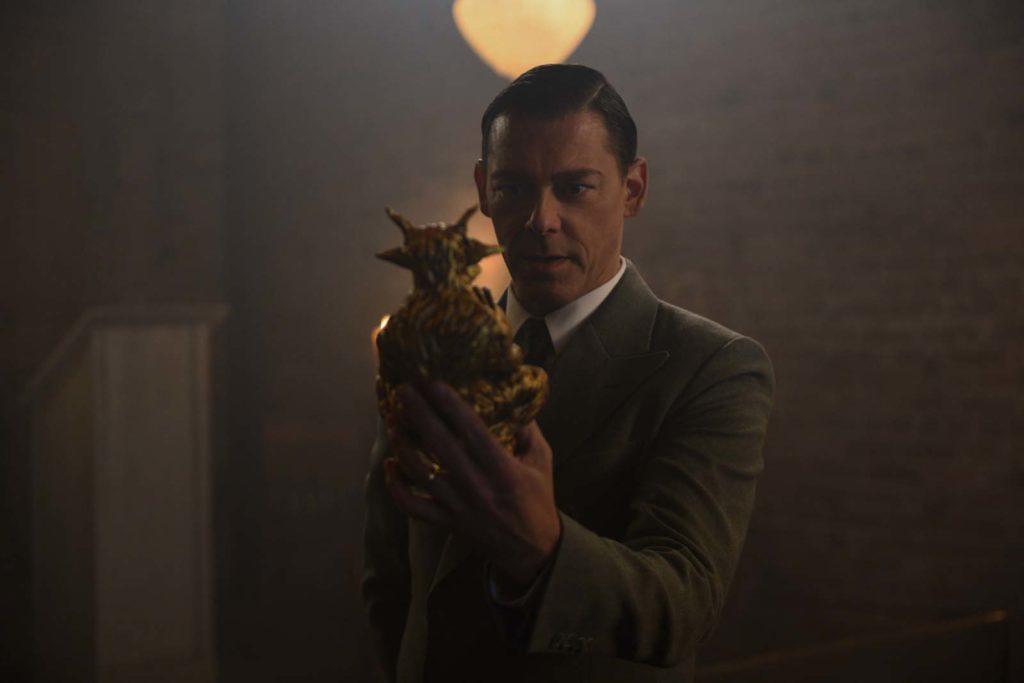 Richard Coyle, de Sabrina, diz que está no elenco do terceiro Animais Fantásticos