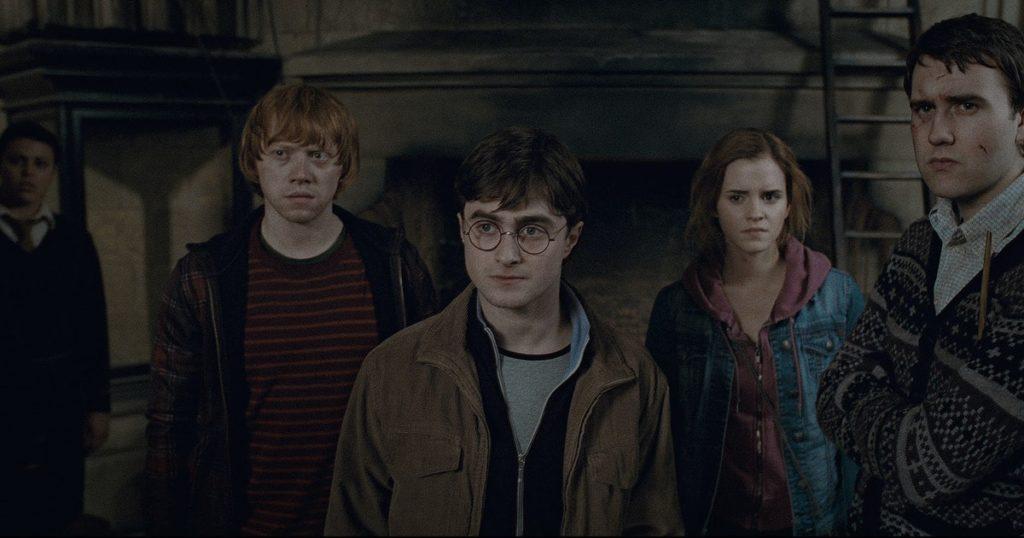 Rony Weasley, Harry Potter, Hermione Granger e Neville Longbottom, da Grifinória